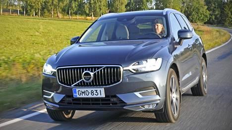 Uusi turvallisuusasetus etenee tässä kuussa Eurooppa-neuvoston käsiteltäväksi. Automaattinen hätäjarrutus tulee standardiksi. Esimerkiksi Volvo XC60:ssa sellainen on jo.