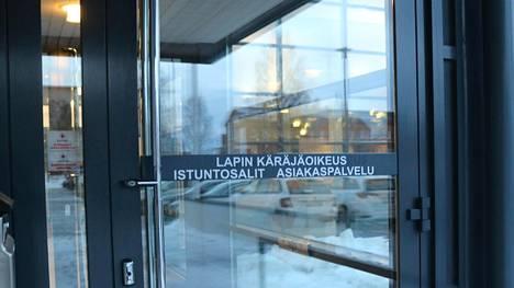 Ex-kansanedustaja ja pitkäaikainen kemiläisvaltuutettu on saanut Lapin käräjäoikeudelta tuomion useista törkeistä talousrikoksista.