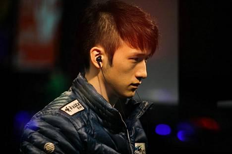 Seong Won kilpaillessaan vuonna 2011 MLG-tapahtumassa.