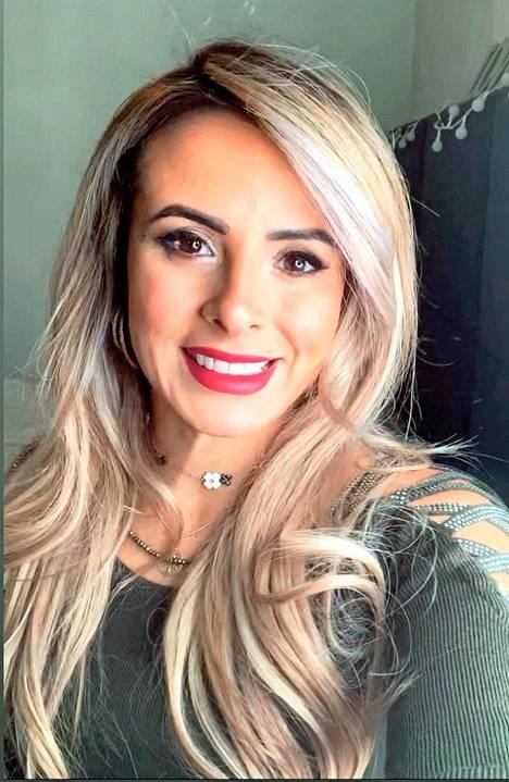 Brasiliasta kotoisin oleva Karen Martiniano-Pippuri saapui Suomeen 2010 ja hakeutui heti kotouttamisohjelmaan.