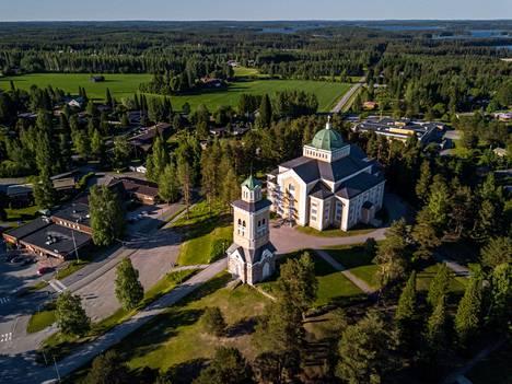 Kerimäen kirkko on avoinna tutustumista ja hiljentymistä varten.