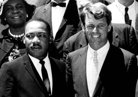 Kaksi salamurhan uhria: Martin Luther King ja Robert F. Kennedy.