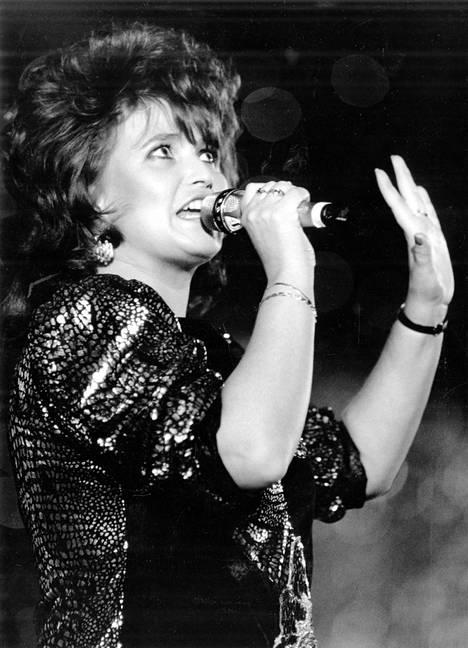 Meiju Suvas euroviisukarsinnoissa helmikuussa 1989.