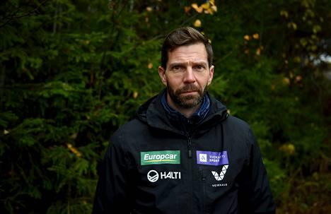 """Janne Ahonen kertoo, ettei """"kansallissankarina tunnettua Janne Ahosta ole enää olemassakaan"""", ja että nyt hän on löytänyt todellisen minänsä."""