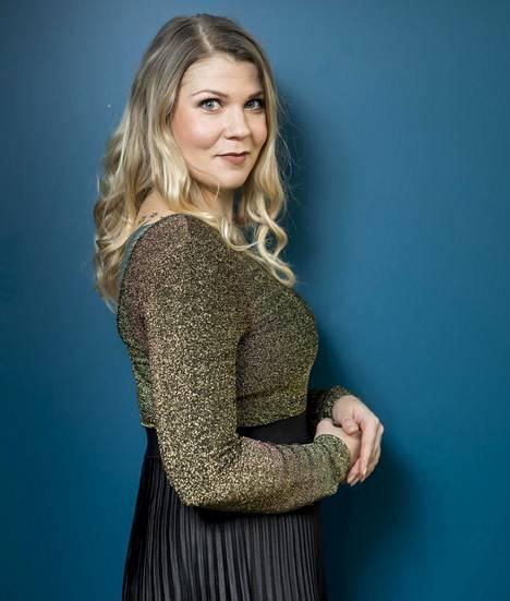Katri Ylander julkaisee tällä viikolla uutta musiikkia viiden vuoden tauon jälkeen.