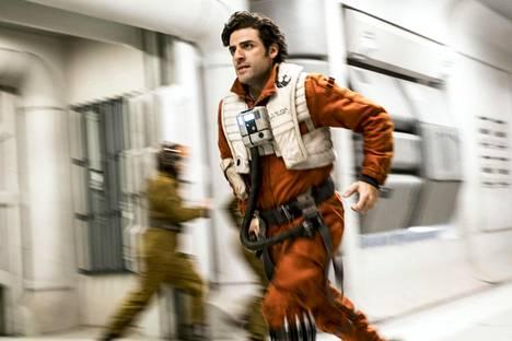 Poe Dameron (Oscar Isaac) taistelee hyvien kapinallisten puolella.