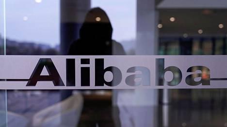 Alibaban logo yhtiön päämajassa Hangzhoussa 18. marraskuuta 2019.