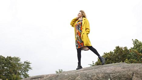 """""""Minulla on ollut tapana sivuuttaa fyysiset oireet"""", Katja Kettu sanoo."""