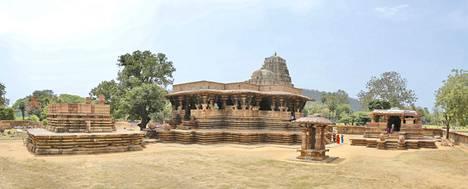 Kakatiya Rudreshwaran temppeli Intian Telanganassa on rakennettu 1200 vuotta ennen ajanlaskun alkua.