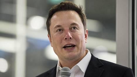 Elon Musk on avaruusalusten ja Tesla-autojen lisäksi mukana kehittämässä aivoihin liitettävää teknologiaa.