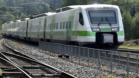 Juna kuvituskuvassa.