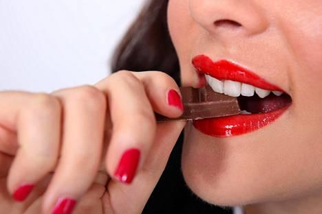 Ruotsalaisten tuloksiin on voinut vaikuttaa moni muukin seikka suklaan lisäksi, mutta samansuuntaisia havaintoja on tehty aiemminkin ja eri puolilla maailmaa.