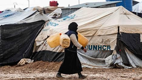 Suposta arvioidaan, että al-Holin leiriltä mahdollisesti palaavat naiset verkostoituvat keskenään ja integroituvat jälleen kotimaisiin jihadistisiin verkostoihin ja jatkavat terroristista toimintaa.