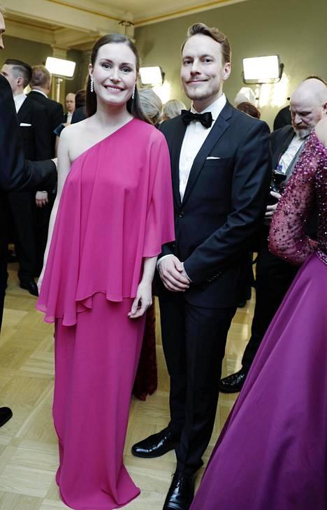 Marin ja Räikkönen Itsenäisyyspäivän vastaanotolla presidentin linnassa vuonna 2019.