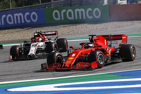 Vettelin avauskisa Itävallassa meni penkin alle.