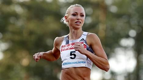 Annimari Korte on juossut tänä kesän Suomen ennätyksen 12,72.