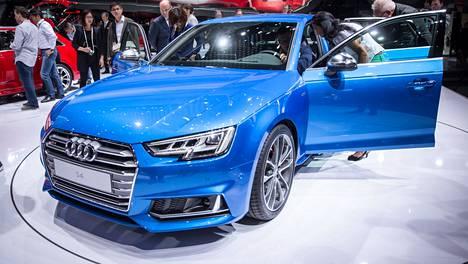 Audi S¤:n kolmelitrainen V6 tuottaa 354 hevosvoimaa.