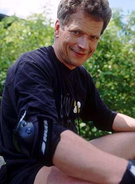 Sauli Väinämö Niinistö vuonna 2004.
