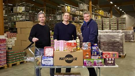 Ulf Skagerström, Karl Andersson ja Erik Södergren lanseerasivat ylijäämäruokaa myyvän nettikauppa Matsmartin Ruotsissa vuonna 2014. Sittemmin toiminta on laajentunut Norjaan ja Suomeen. Yritys laskee, että yksin viime vuonna ja Ruotsissa se ja sen asiakkaat pelastivat hävittämiseltä kaikkiaan 708 tonnin edestä ruokaa.