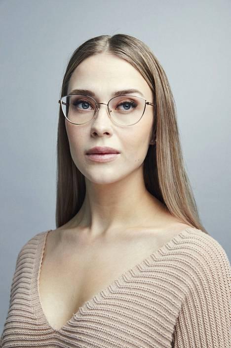 Jenna Komulainen.