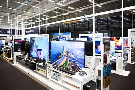 Televisioita myydään ja markkinoidaan paljon, mutta sirupulan vuoksi niissäkin on saatavuusongelmia.