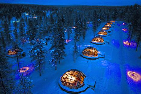 Haluaisitko yöpyä lasi-iglussa? Saariselällä se on mahdollista.