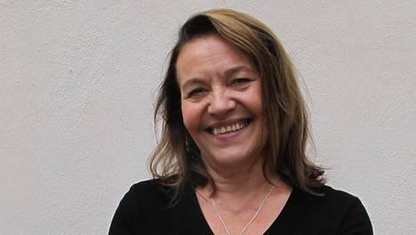Riitta Havukainen asui kolme kuukautta Fuengirolassa kuvausten takia. –Duuni on ihan samaa kuin Suomessa, mutta kaikki työryhmän jäsenet ovat koko ajan iloisia.