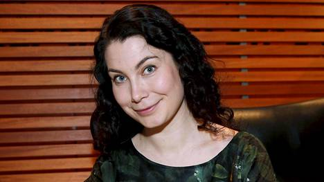 Emma Kari pyrkii vihreiden johtoon.