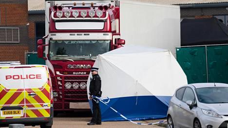 39 vietnamilaisen ruumiit löydettiin kylmäkuljetuskontista Britannian Essexissä kuukausi sitten.