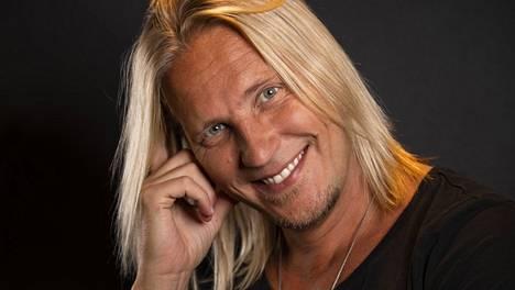 Sami Kuronen kertoi podcastissa sinkkuelämästään.