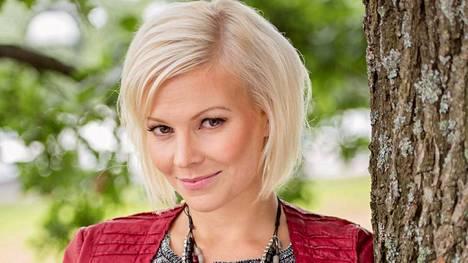 Kirsi Ståhlbergistä tulee äiti.