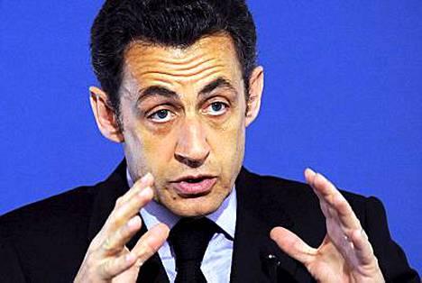 Kyselyn mukaan 61 prosenttia ranskalaisista on tyytymättömiä presidenttiinsä.