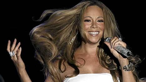 Tuleva Idol-tuomari Mariah Carey konsertoi kesäkuun alussa Monacossa.