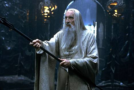 Viimeisiä tunnettuja Chistopher Leen rooleja oli paha Saruman Taru sormusten herra-saagassa