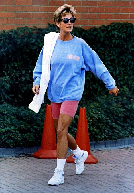 Prinsessa Diana oli tyyli-ikoni 1990-luvulla.