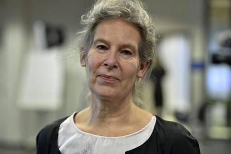 THL:n ylilääkäri Hanna Nohynek toivoo, että kolmannet rokotukset päästäisiin aloittamaan jo lokakuussa.