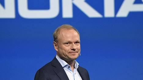 Nokian toimitusjohtajan Pekka Lundmarkin mukaan yhtiö ei halua nostaa arvioitaan vuodelle 2023 vaikka alkuvuosi on lähtenyt käyntiin odotuksia paremmin.