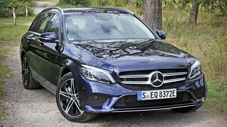 C 300 de T tarjoaa hyvän mahdollisuuden väistellä autoveroa onnistuneesti ja vieläpä aivan lain kirjainta noudattaen.