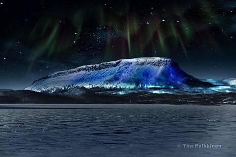 Visualisoitu suunnitelma siitä, miltä Luminous-teoksella valaistu Saana-tunturi tulee näyttämään.