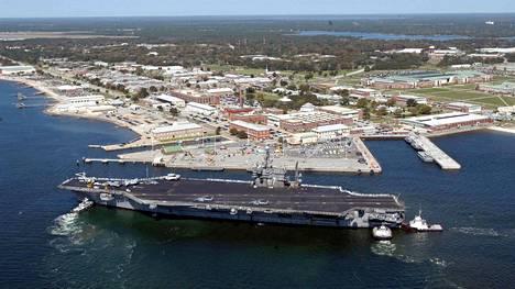 Ampuminen tapahtui laivastotukikohdassa Floridassa. Arkistokuva.