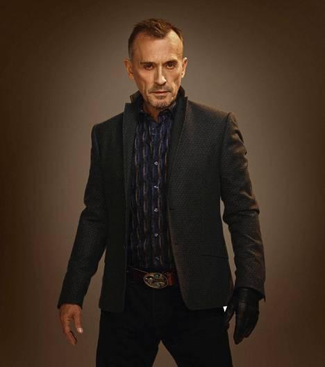 "Robert Knepper tunnetaan Pako-sarjasta, jossa hän esitti Theodore ""T-Bag"" Bagwellia."