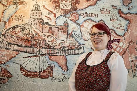Aukioloaikojen rajoituksiin Konstan Möljän ravintoloitsija Sanna Kettunen ei usko.