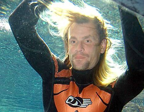 Vapaasukelluksen maailmanennätysmies, ranskalainen Loic Leferme kuoli sukellusharjoituksissa Välimerellä.