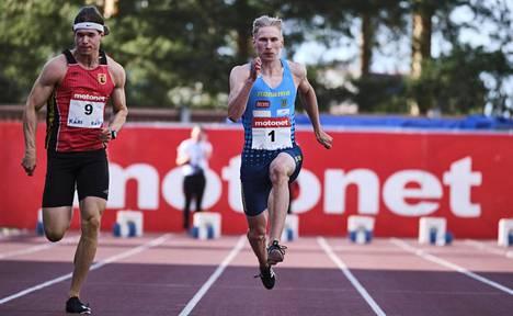 Samuelsson (oik.) juoksi Jyväskylän GP-kisoissa 8. heinäkuuta uuden ennätyksensä ja seitsemän sadasosan päähän SE-ajasta.
