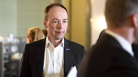 Perussuomalaisten puheenjohtaja Jussi Halla-Aho eduskunnan kahvilassa Helsingissä 7. helmikuuta 2020.