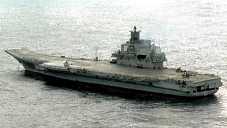 Venäjän lentotukialus Kreml (Admiral Kuznetsov).