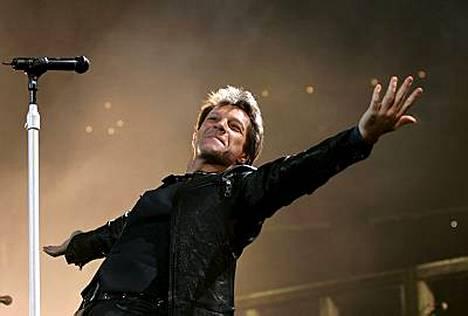 Jon Bon Jovi kumppaneineen nousee Olympiastadionin lavalle 16. kesäkuuta.