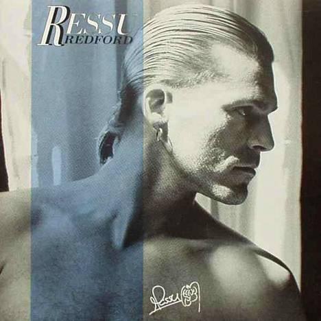 Ressu Redford loi menestyneen soolouran Bogart Co. -yhtyeen lopetettua.