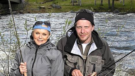 Katri Helena ja Tommi Liimatainen tunnettiin aiemmin kalakavereina.