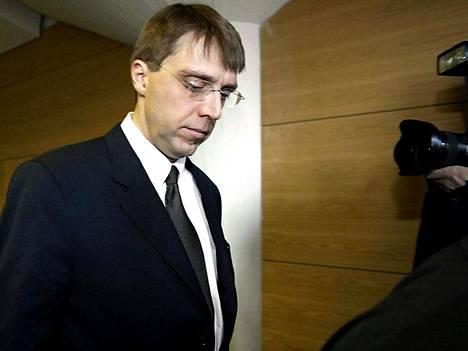 Oikeus säilytti Soneran entisen toimitusjohtajan Kaj-Erik Relanderin vankeustuomion.